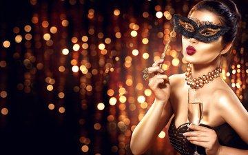 стиль, девушка, фото, маска, взгляд, модель, руки, макияж, прическа, украшение, бокал шампанского