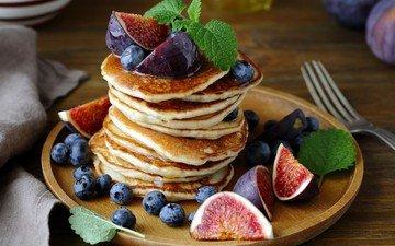 мята, фрукты, вилка, ягоды, черника, тарелка, десерт, оладьи, инжир