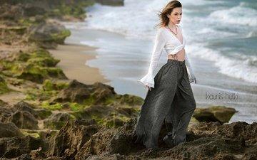 берег, девушка, море, поза, взгляд, модель, волосы, лицо, ветер, kaunis hetki