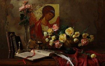 цветы, розы, книги, букет, ваза, свеча, перо, натюрморт, скатерть, икона
