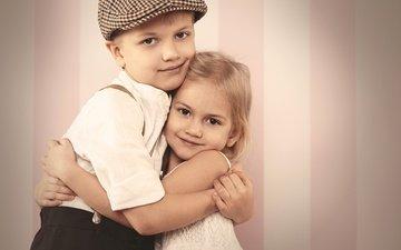 дети, радость, девочка, мальчик, улыбки, объятия