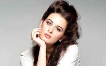 girl, look, hair, face, actress, bollywood, evelyn sharma