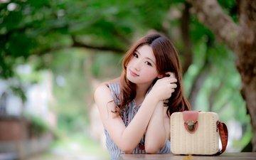 девушка, портрет, взгляд, волосы, сумочка, лицо, азиатка, боке