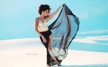 девушка, платье, поза, пустыня, модель, ветер, голубое небо, kelly mccarthy