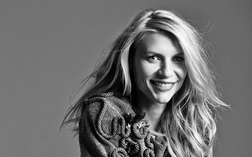 background, blonde, smile, portrait, black and white, actress, hairstyle, glamour, damon baker, claire danes