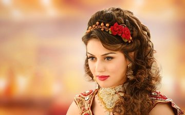 girl, look, hair, face, actress, red lipstick, necklace, indian, hansika motwani