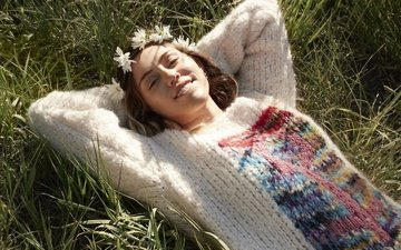 grass, girl, smile, summer, hair, face, singer, photoshoot, miley cyrus