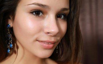 девушка, портрет, взгляд, модель, волосы, лицо, сёрьги, alma, arina f, emmy