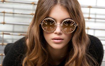 style, girl, glasses, model, hair, face, kaia gerber, scci