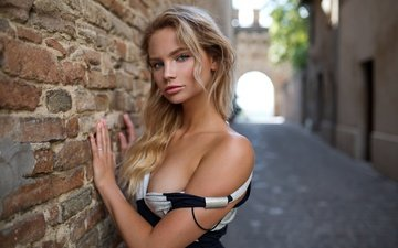 dress, blonde, portrait, look, wall, home, brick, makeup, lane, bokeh, laura, peter paszternak