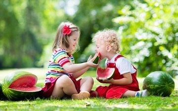 трава, природа, лето, дети, девочки, арбузы