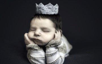 сон, черный фон, лицо, ребенок, младенец, корона, закрытые глаза