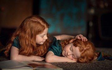 сон, дети, девочки, книга, закрытые глаза, рыжие