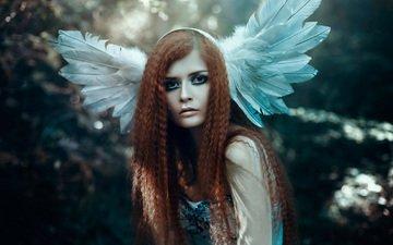 стиль, девушка, портрет, взгляд, фэнтези, рыжая, модель, ангел, волосы, перья, макияж, прическа, головной убор, bella kotak