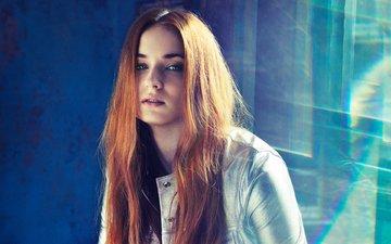 свет, девушка, взгляд, рыжая, волосы, лицо, актриса, рыжеволосая, софи тернер, рыжие волосы