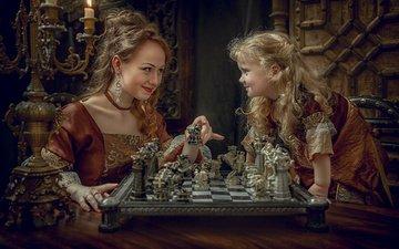 украшения, шахматы, девочка, игра, ребенок, мама, женщина, наряды, дочка