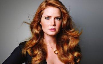 взгляд, рыжая, актриса, голубые глаза, макияж, кулон, рыжеволосая, эми адамс, рыжие волосы