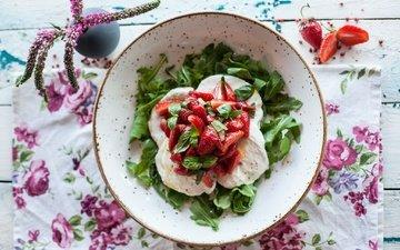 цветы, зелень, клубника, букет, ягоды, натюрморт, салат, закуска, фруктовый салат, фруктовый салат