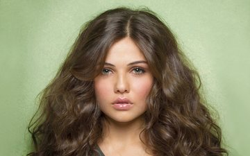 girl, portrait, look, hair, lips, face, actress, danielle campbell