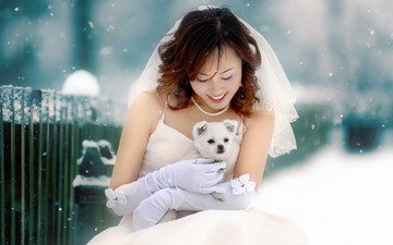 snow, winter, girl, smile, muzzle, look, the fence, dog, puppy, asian, the bride, spitz