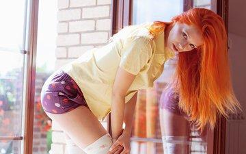 девушка, рыжая, волосы, окно, рубашка, шорты, ариель