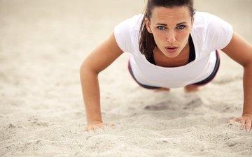 поза, песок, пляж, фитнес, спортивная одежда, тренировки, отжимание