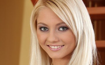 blonde, smile, model, face, annely gerritsen