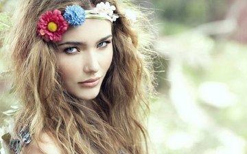 цветы, девушка, портрет, взгляд, волосы, лицо, венок