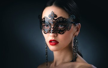 стиль, девушка, маска, брюнетка, взгляд, модель, губы, лицо, помада, сёрьги, карнавал