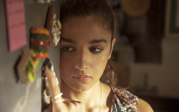girl, look, model, face, actress, braids, alia bhatt