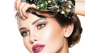 рука, девушка, портрет, взгляд, модель, волосы, лицо, бусы, макияж, прическа, украшение, укладка