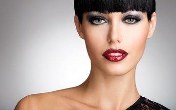 девушка, взгляд, волосы, макияж, прическа, тени, стрижка, серые глаза, челка