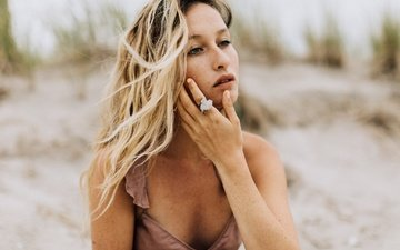 girl, blonde, sand, beach, look, model, face, curls, freckles, emily