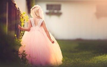 платье, забор, дети, девочка, ребенок, венок, meg bitton