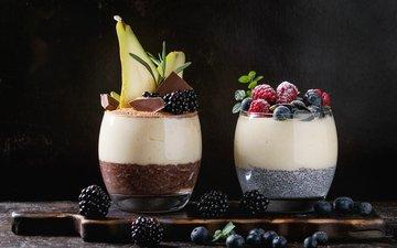 малина, ягоды, черника, завтрак, стаканы, шоколад, ежевика, йогурт, пудинг, рисовый