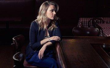 блондинка, стол, актриса, стулья, скарлет йохансон, скарлетт йоханссон, фотосессия, victoria will