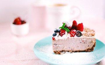 ягоды, сладкое, торт, десерт, сахарная пудра, кусочек, крем