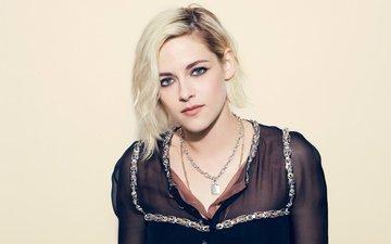 девушка, блондинка, портрет, взгляд, кристен стюарт, волосы, лицо, актриса, ожерелье, знаменитость, кристин стюарт