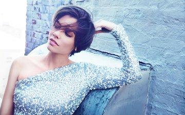 платье, поза, брюнетка, стена, модель, макияж, прическа, фотосессия, james white, лорен кохан, лорен кохэн