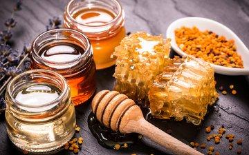 соты, мед, баночки