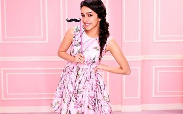 style, girl, dress, smile, mustache, model, actress, celebrity, bollywood, indian, shraddha kapoor, sraddha kapoor