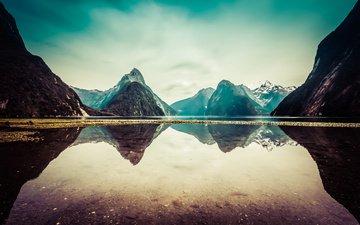 небо, облака, озеро, горы, отражение, новая зеландия, милфорд саунд