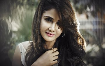 girl, brunette, model, lips, actress, celebrity, indian, parul yadav, the parul yadav