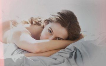 girl, look, model, hair, face, actress, bed, lying, riley keogh, riley keough