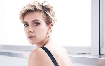 blonde, portrait, model, actress, window, makeup, hairstyle, scarlett johansson