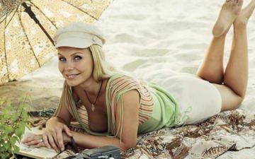 girl, pose, blonde, smile, sand, beach, model, chest, david dubnitskiy