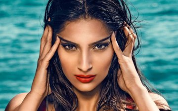 girl, portrait, look, model, hair, lips, face, actress, makeup, bollywood, sonam kapoor