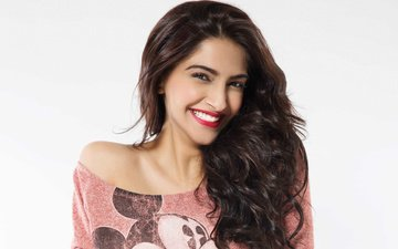 smile, portrait, model, lips, actress, makeup, bollywood, sonam kapoor