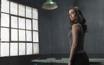 girl, look, the film, hair, face, actress, summer glau, terminator