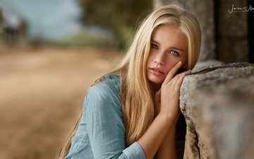 girl, blonde, portrait, look, hair, face, makeup, shirt, bokeh, yulia, javier ullastres, yulia vasilieva